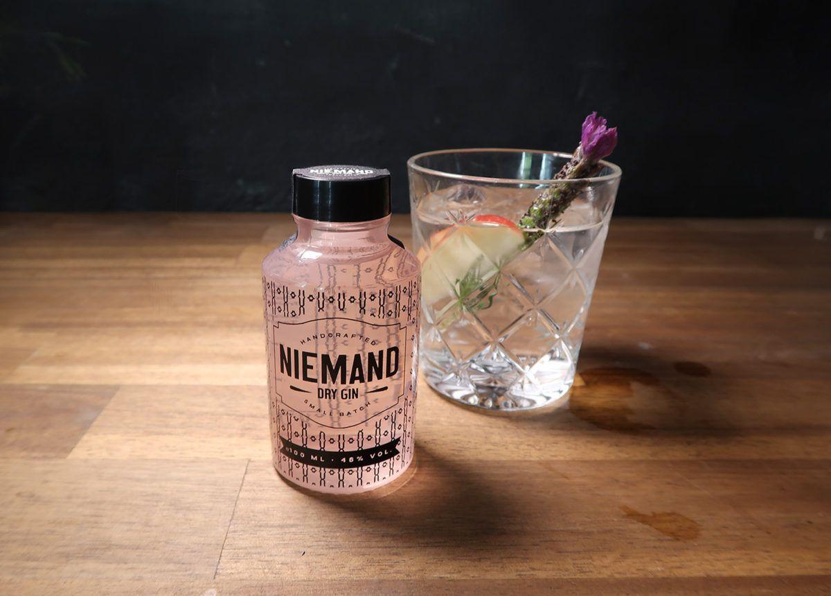 Gin & Tonic im Thumber Glas